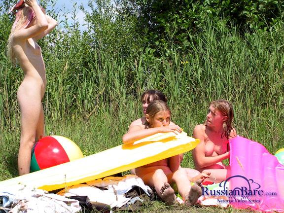Teen Nudism Pics  Young Nudist amp Naturist Photos